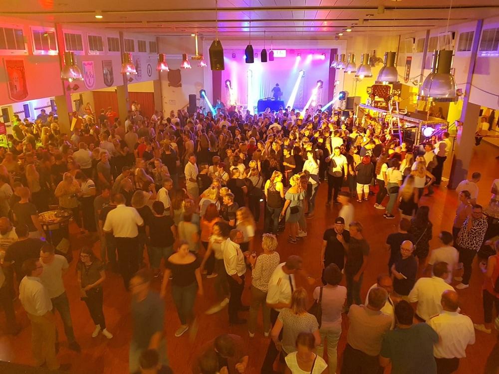 2018 06 12 Party Halle Freitag